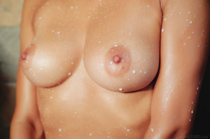 Gloria Sol In Milk Shower - October 04, 2018z6rnpr0o7p.jpg