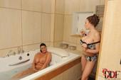 Eeciahaa Dalifcka & Rebecca Jessop - Titties In The Tub d6rr2c5l0t.jpg