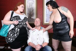fkpo7krz2kha - Julie Ginger and Julie Rocket - Double Julie Sex Bomb