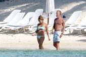 Billie Piper topless @ the beach b6rrdrq6rp.jpg