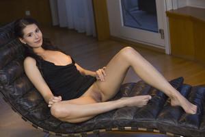 Vanessa Angel - Frisura-k6rv8xq4tr.jpg