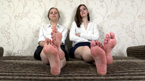 Angela & Alina - office girls show bare soles Full HD