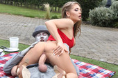 Alessandra-Jane-Fucking-The-Busker-%28hardcore%29-16tpn4452h.jpg