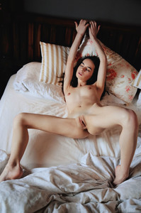 Debora A. In Bedmate - October 18, 2018m6rtcpl1wd.jpg