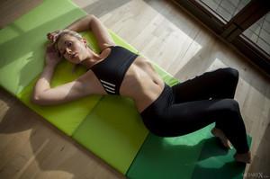 Tracy Lindsay In Flexible 1 - February 02, 2018s6rtj57kk2.jpg