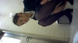 trdtdw2u2ou7 - V3 - 50 videos cute pissing girls