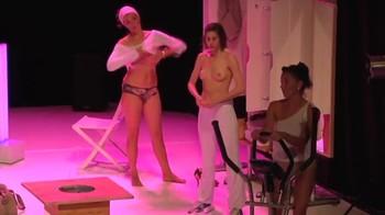 Celebrity Content - Naked On Stage - Page 10 Zp997027mjjz