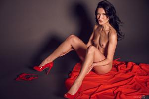 Elouisa In Red Dress 1 - March 19, 2018x6sbdm3w2z.jpg