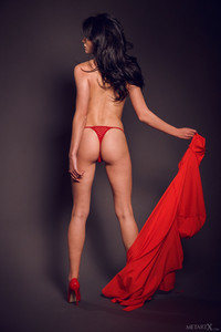 Elouisa In Red Dress 1 - March 19, 2018p6sbdl1h1w.jpg