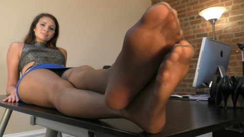 Felicia's Business Feet - (Full HD 1080p Version)