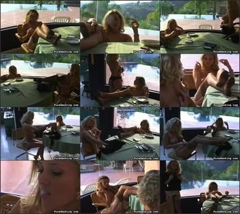 Smoking Hot Blondes
