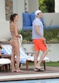 Irina-Shayk-in-a-thong-bikini-76s8hnc3ew.jpg