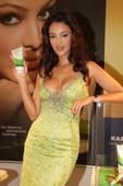 Verona-Pooth-hot-cleavage-pics-e6s8hocewz.jpg
