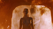Emilia-Clarke-naked-in-Game-of-Thrones-b6s8i9sdnd.jpg