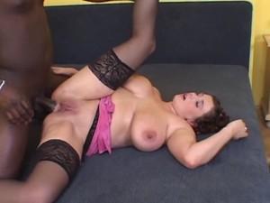 nyopxj104o77 - Moms Big Tits Ester