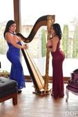 0ux7u2bevmus - Hermanas Ortega Busty Lesbians Cum Hard Kesha Ortega Sheila Ortega
