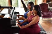 3gujprt5xu6f - Hermanas Ortega Busty Lesbians Cum Hard Kesha Ortega Sheila Ortega