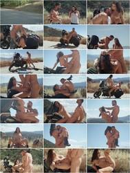 Babes: Ashley Adams - Little Runaway 2 [720p]