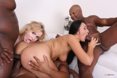 LegalPorno.com - Vanessa Vaughn & Tatiana Swank enjoy the company of three black bulls IV229