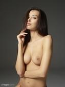 Nicolette-nude-portraits-x60-8708x11608-c6s3xp5l4l.jpg