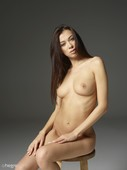 Nicolette-nude-portraits-x60-8708x11608-e6s3xp8us1.jpg