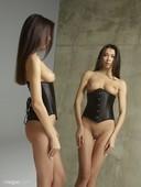 Nicolette-twins-x48-11608x8708-j6s4nx7rk6.jpg