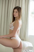 """rxix4qy2ejuf - Leah Gotti """"Curvy Young Teen and Her Boss"""""""