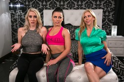 Adriana-Chechik-Cadence-Lux-Alexis-Fawx-Fantasy-Factory-2-Squirting-Therapist--o6s88uem5p.jpg