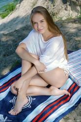 Pam-E-Feel-The-Sun-On-My-Skin-7500-px-105-pics--s6s8onvqwi.jpg